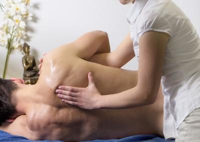 masáž ramena