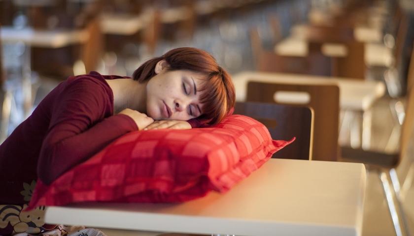 spánek během dne