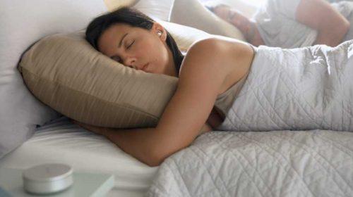 Unikátní špunty pro usínání a klidný spánek přicházejí na náš trh