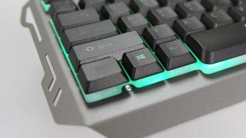Neobvyklá, futuristická klávesnice