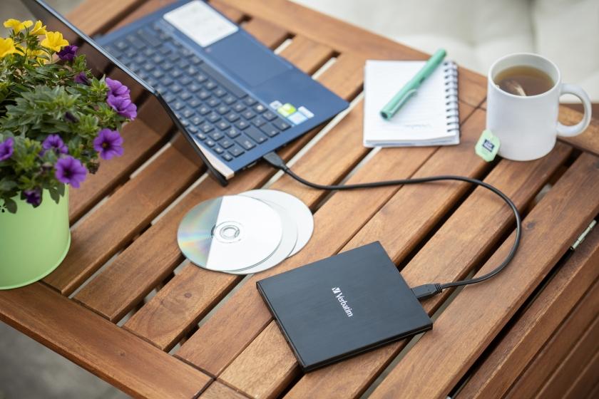 Verbatim External Slimline CD-DVD Writer
